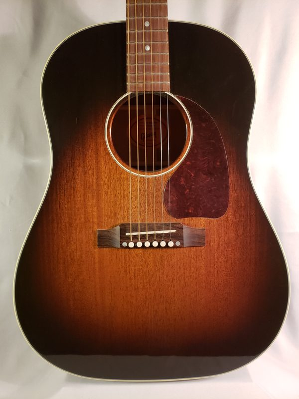 Custom shop Gibson J-45 Mahogany