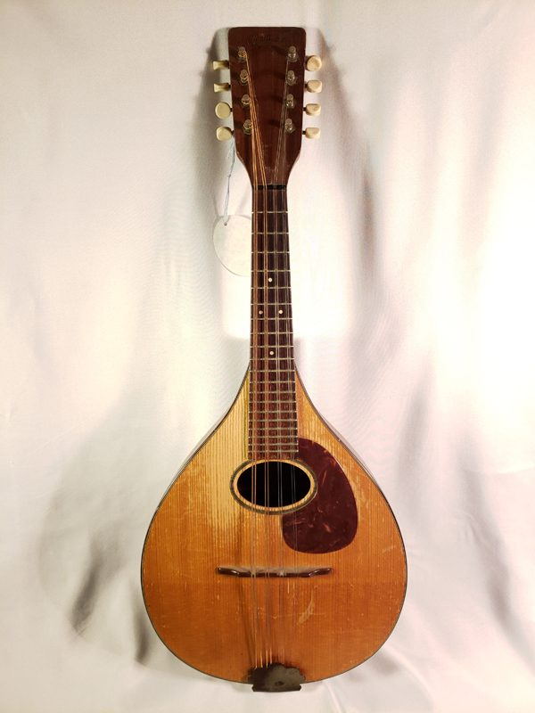 Vintage 1950 Martin A mandolin full length