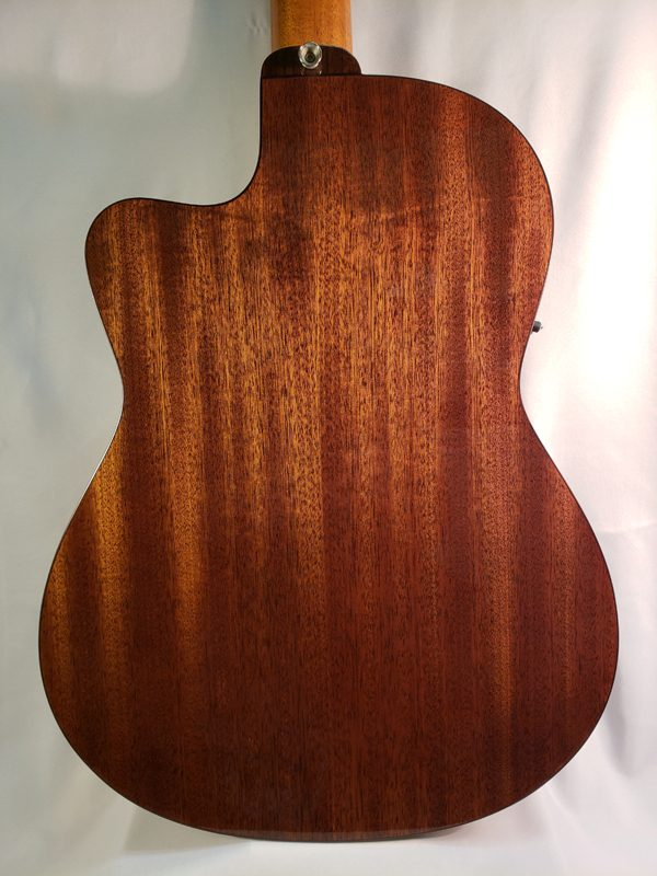 Alvarez AC65CE classical guitar back