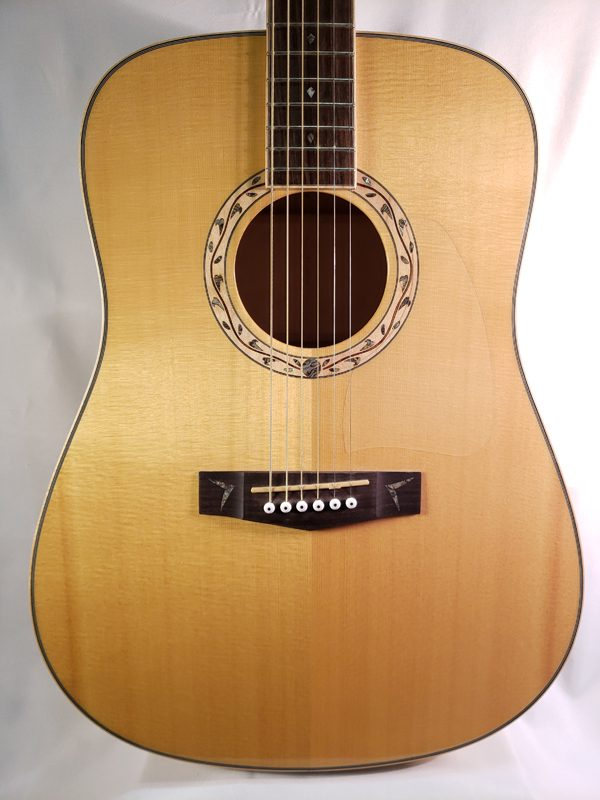 Alvarez Artwood AW700 top
